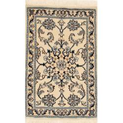 Nain carpet with central medallion 90x60 cm